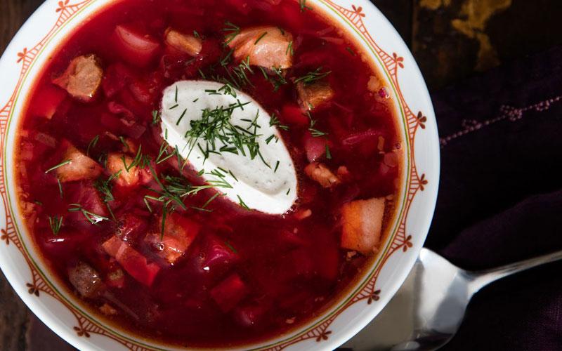 خورش گوشت و چغندر قرمز روسیه ای